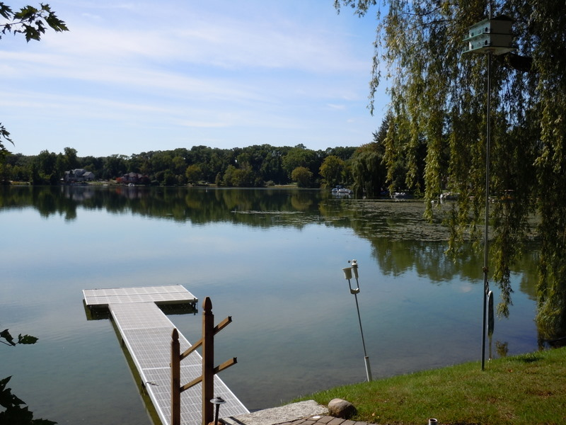 Bogie lake white lake homes for sale twp michigan for Fishing access near me